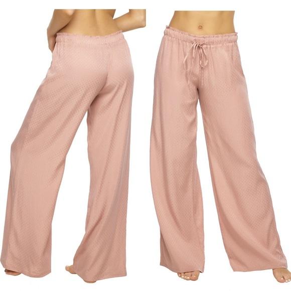 Felina Other - Pink lounge pants